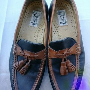Other - Italian Design Mens San Remo Loafers sz 8M